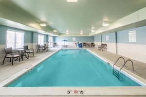 Pool - Holiday Inn Express Hotel & Suites Radcliff