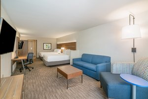 Room - Holiday Inn Express Hotel & Suites Radcliff