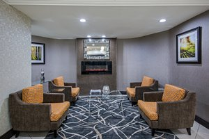 Lobby - Holiday Inn Express Hotel & Suites Downtown Regina
