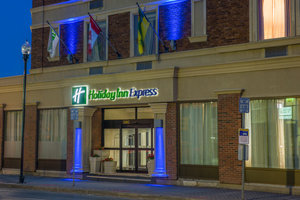 Exterior view - Holiday Inn Express Hotel & Suites Downtown Regina