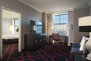 Suite - Courtyard by Marriott Hotel Tremont Boston