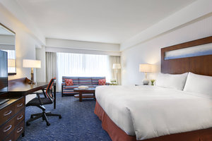 Room - Renaissance Waterfront Hotel Boston