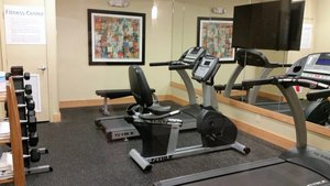 Fitness/ Exercise Room - Holiday Inn Express Long Beach