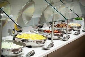 Restaurant - Residence Inn by Marriott Millenia Orlando