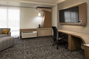 Room - Courtyard by Marriott Hotel Prince George