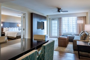 Suite - Courtyard by Marriott Hotel Marion Square Charleston