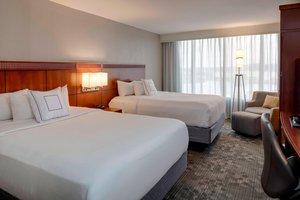Room - Courtyard by Marriott Hotel Boston