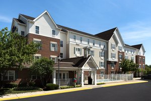 Exterior view - TownePlace Suites by Marriott Lombard