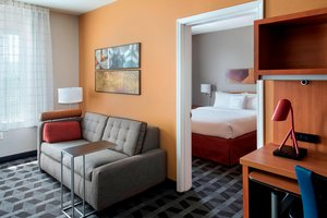 Suite - TownePlace Suites by Marriott Lombard