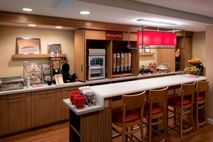 Restaurant - TownePlace Suites by Marriott Lombard