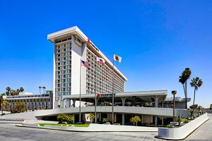 Exterior view - Marriott Hotel LAX Airport Los Angeles