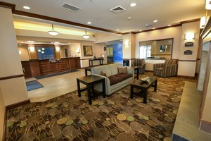 Lobby - Holiday Inn Express Hotel & Suites Grand Forks