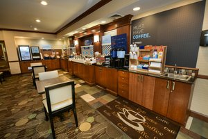 Restaurant - Holiday Inn Express Hotel & Suites Grand Forks