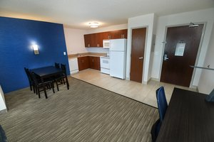 Room - Holiday Inn Express Hotel & Suites Grand Forks