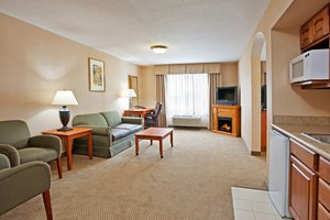 Suite - Holiday Inn Express Hotel & Suites Howell
