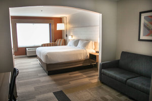 Suite - Holiday Inn Express Hotel & Suites Athens