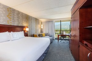 Courtyard By Marriott Hotel Monrovia Ca See Discounts