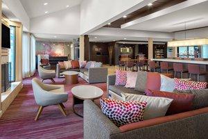 Lobby - Courtyard by Marriott Hotel Coraopolis