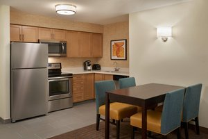Suite - Residence Inn by Marriott Airport Toronto