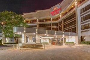 Exterior view - Crowne Plaza Hotel Executive Center Baton Rouge