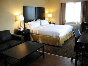 Suite - Holiday Inn Express Penns Landing Philadelphia
