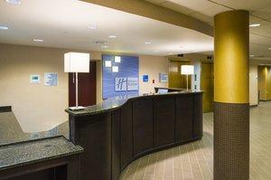 Lobby - Holiday Inn Express Penns Landing Philadelphia