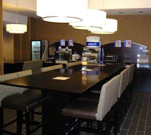 Restaurant - Holiday Inn Express Penns Landing Philadelphia
