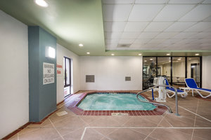 Pool - Holiday Inn Express Hotel & Suites Jeffersontown