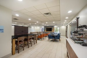 Restaurant - Holiday Inn Express Hotel & Suites Jeffersontown