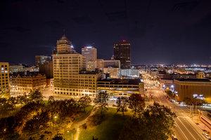 Exterior view - Crowne Plaza Hotel Dayton