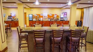 Restaurant - Holiday Inn Express Hotel & Suites Palm Bay