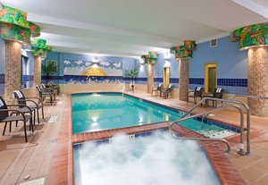Pool - Holiday Inn Express Hotel & Suites Athens