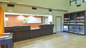 Lobby - Holiday Inn Hotel & Suites Opelousas