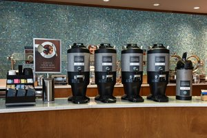Restaurant - SpringHill Suites by Marriott Downtown Columbia