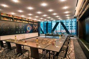 Meeting Facilities - Hotel EMC2 Magnificent Mile Chicago