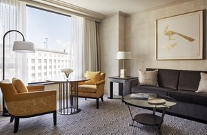 Suite - Four Seasons Hotel Boston