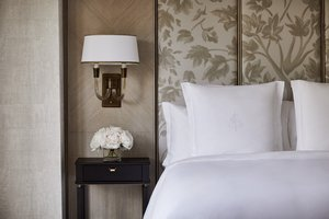 Room - Four Seasons Hotel Boston