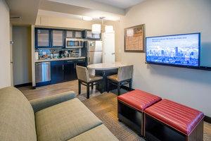 Room - Staybridge Suites Downtown Denver