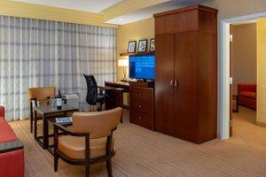 Suite - Courtyard by Marriott Hotel Long Beach