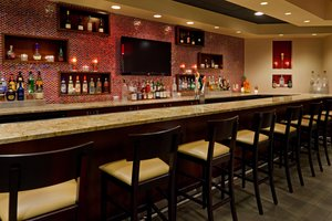 Bar - Crowne Plaza Hotel Fairfield