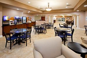 Restaurant - Holiday Inn Express Hotel & Suites Bedford