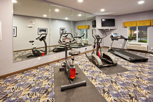 Fitness/ Exercise Room - Holiday Inn Express Hotel & Suites Bedford