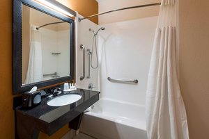 - Fairfield Inn by Marriott Clearwater Airport
