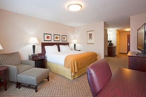 Suite - Holiday Inn Express Hotel & Suites Winona