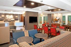Lobby - Holiday Inn Express Haskell