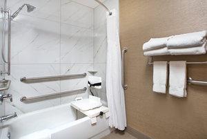 - Holiday Inn Express Berea