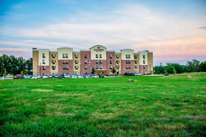 Exterior view - Candlewood Suites Overland Park
