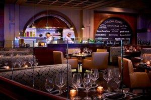 Restaurant - Marriott Hotel LAX Airport Los Angeles