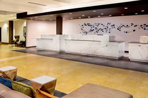 Lobby - Delta Hotel by Marriott Chesapeake