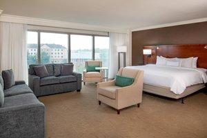 Suite - Delta Hotel by Marriott Chesapeake